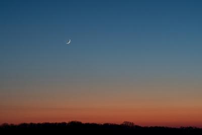 Sonnenuntergang trifft Mond