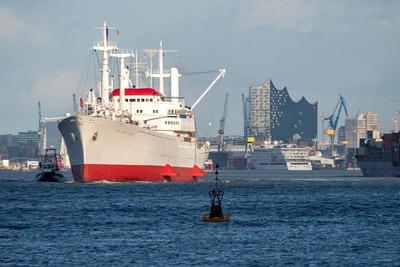 """Museumsschiff """"Cap San Diego"""" auf der Elbe unterwegs (3)"""