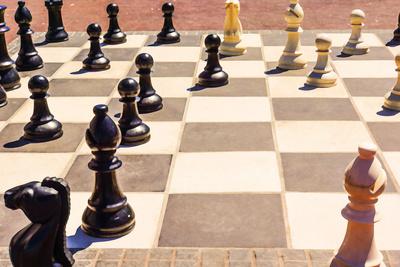 Schach im Freien_Ölfarbe