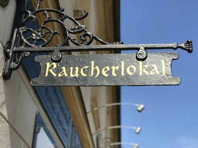 """Schild """"Raucherlokal"""""""