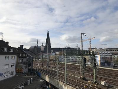 Köln: Gleise und Dom
